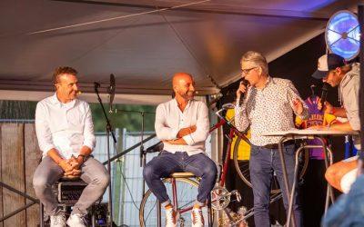 Johan Museeuw en Paolo Bettini bij het Wielercafé in Lierop - wielercafes.nl